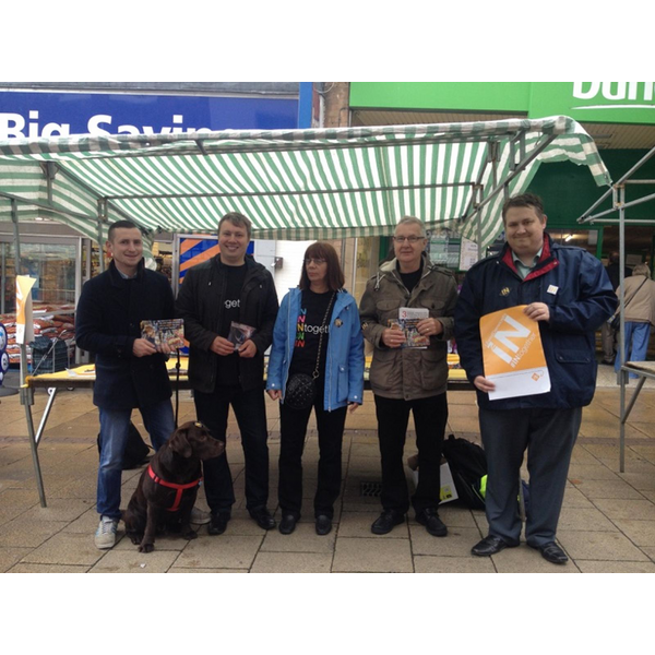 Local campaigners on Hinckley Market campaigning for Britain to remain in the EU